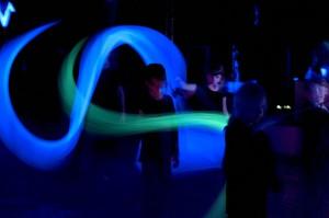 Projektzirkus-Laluna_Schwarzlicht